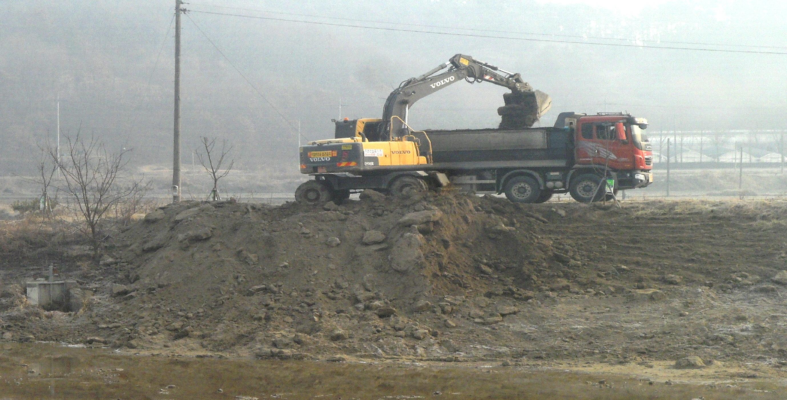 증평군, 하천정비로 여름철 재해예방 [이미지]